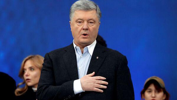 Kandidat v prezidentы Ukrainы Petr Porošenko vo vremя debatov na stadione Olimpiйskiй v Kieve - Sputnik Srbija