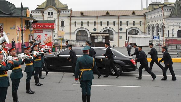 Ким Џонг Ун у Владивостоку - Sputnik Србија