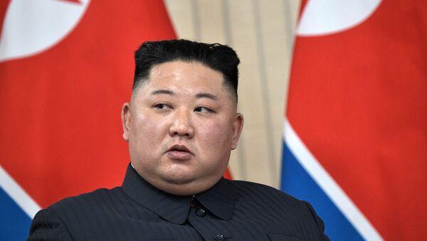 Руски председник Владимир Путин и севернокорејски лидер Ким Џонг Ун у Владивостоку - Sputnik Србија