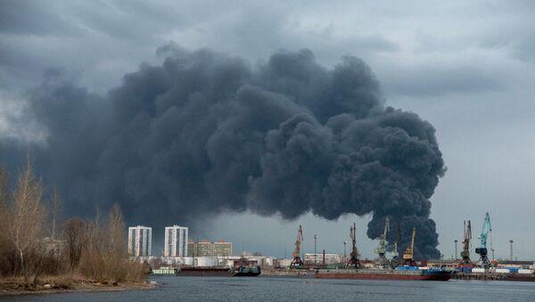 Požar u fabrici Krasmaš u Krasnojarsku - Sputnik Srbija