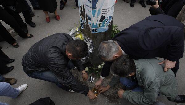 Паљење свећа погинулим војницима у Добровољачкој у Сарајеву - Sputnik Србија