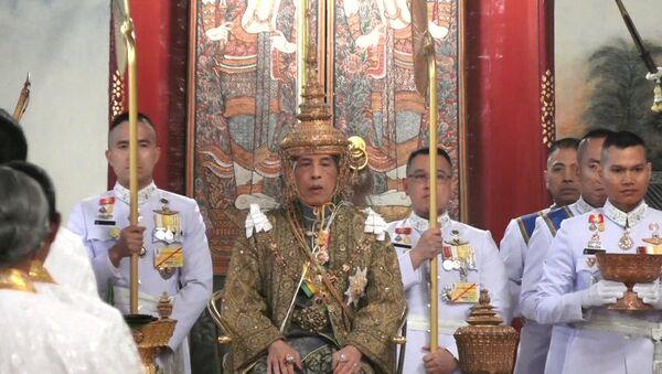 Крунисање краља, Тајланд - Sputnik Србија