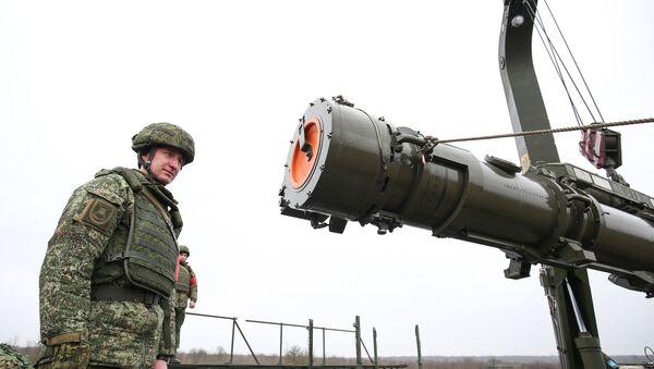 Protivraketni sistem Iskander M sa krstarećim raketama R-500 - Sputnik Srbija