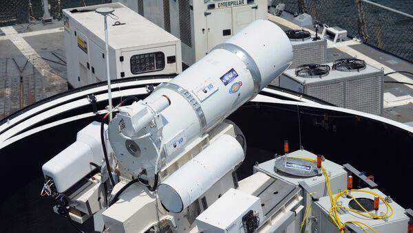 Laserski sistem američke mornarice na razaraču Dui - Sputnik Srbija
