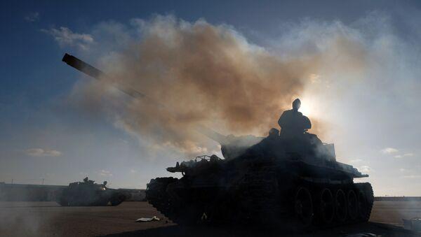 Припадници Либијске националне армије Халифе Хафтара током офанзиве на Триполи - Sputnik Србија