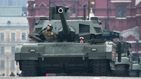 """Tenk T-14 """"Armata"""" na Crvenom trgu u Moskvi, na paradi povodom Dana pobede nad fašizmom - Sputnik Srbija"""