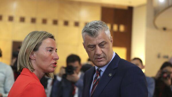 Hašim Tači i Federika Mogerini na samitu u Tirani - Sputnik Srbija