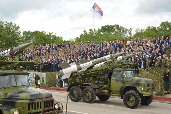 Ракетни сисмет Нева на војној паради у Нишу - Sputnik Србија
