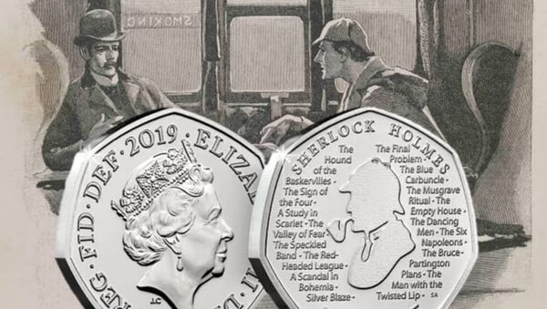 Novčić od 50 britanskih penija sa likom Šerloka Holmsa - Sputnik Srbija