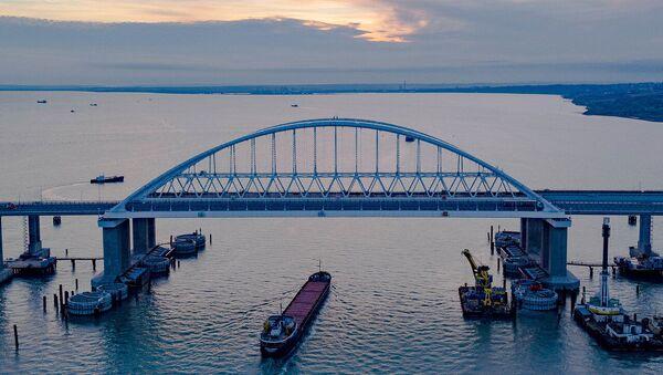 Krimski most preko Kerčkog moreuza - Sputnik Srbija