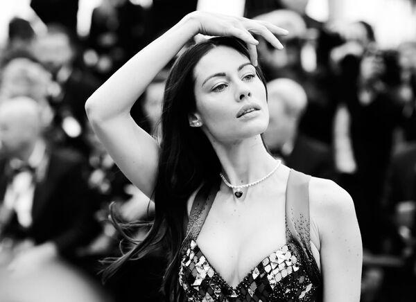 Црно-бели Кан: Звезде престижног филмског фестивала на црвеном тепиху - Sputnik Србија