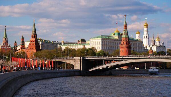 Veliki Kameni most preko reke Moskve i moskovski Kremlj - Sputnik Srbija