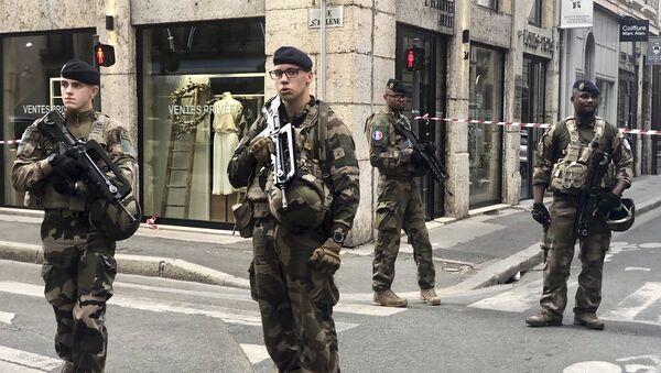 Антитерористичке јединице на месту експлозије у Лиону - Sputnik Србија
