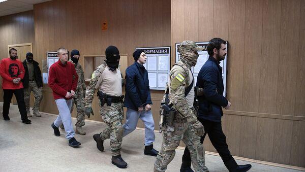 Притворени украјински морнари у суду у Москви - Sputnik Србија