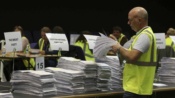 Prebrojavanje glasova na izborima za Evropski parlament - Sputnik Srbija