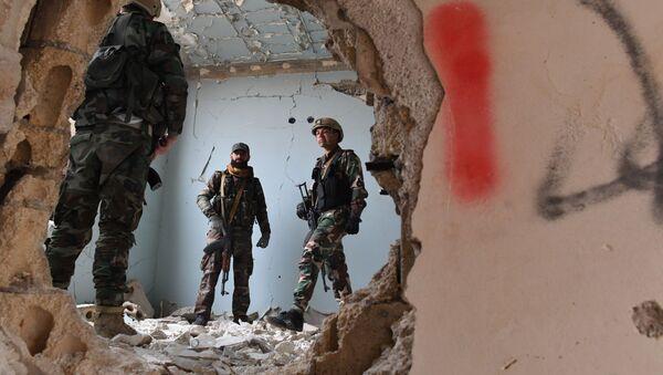 Sirijski vojnici i ustanici tokom obuke u provinciji Hama - Sputnik Srbija