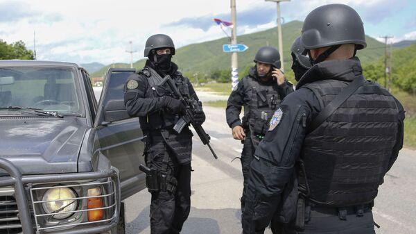 Pripadnici tzv. specijalnih snaga Kosova na severnom delu Kosovo i Metohije - Sputnik Srbija