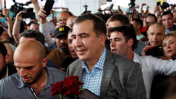 Бивши председник Грузије Михаил Сакашвили на аеродрому у Кијеву - Sputnik Србија