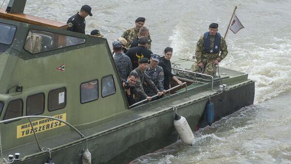 Potraga za nestalima u Dunavu - Sputnik Srbija