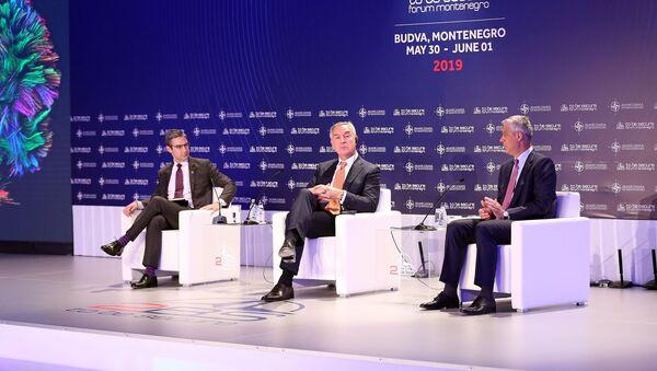 Мило Ђукановић и Хашим Тачи на форуму у Будви - Sputnik Србија