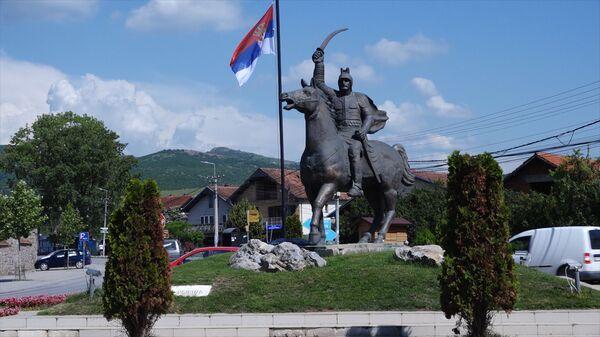 Споменик Милошу Обилићу у Грачаници - Sputnik Србија
