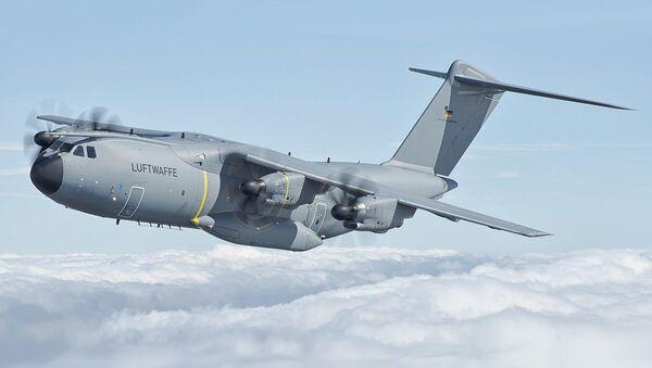Transportni avion NATO-a Erbas A400M-100 - Sputnik Srbija