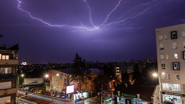 Munje iznad Beograda - Sputnik Srbija