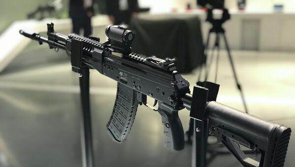 Civilna verzija puške AK-12 - Sputnik Srbija