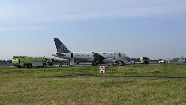 Avioni na aerodromu u Njuarku - Sputnik Srbija