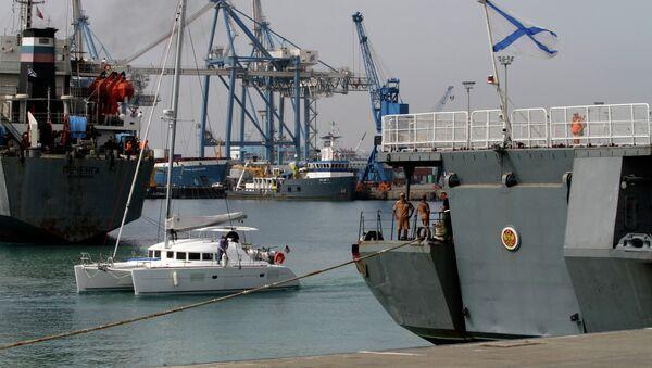 Руски војни противваздушни брод Адмирал Пантелејев у луци Лимасол на Кипру - Sputnik Србија