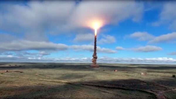 Ракетна проба на полигону Сари-Шарган у Казахстану - Sputnik Србија