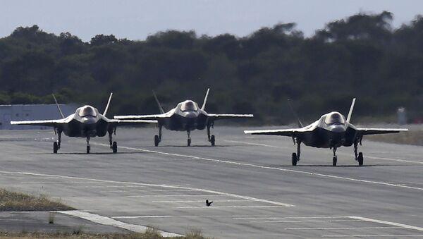 Авиони Ф-35Б на писти ваздухопловне базе на Кипру - Sputnik Србија