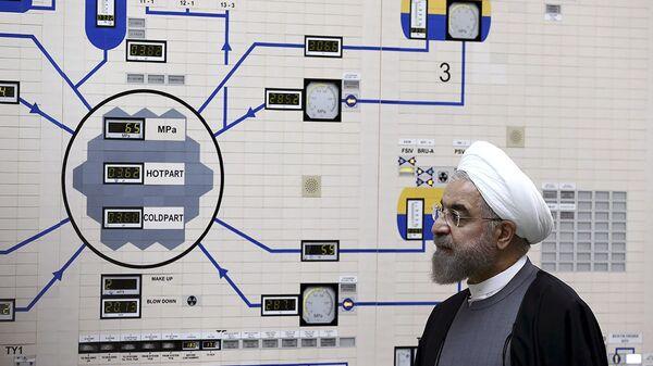 Iranski predsednik Hasan Ruhani u iranskoj nuklearnoj elektrani Bušer - Sputnik Srbija