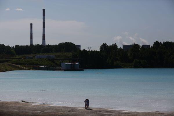 """Језеро су назвали """"Руски Малдиви"""" због прелепих нијанси плаве боје, које се не мењају ни кад се небо наоблачи. Све то на Инстаграму заиста изгледа прелепо, - Sputnik Србија"""