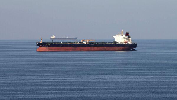Нафтни танкери пролазе кроз Ормуски мореуз - Sputnik Србија