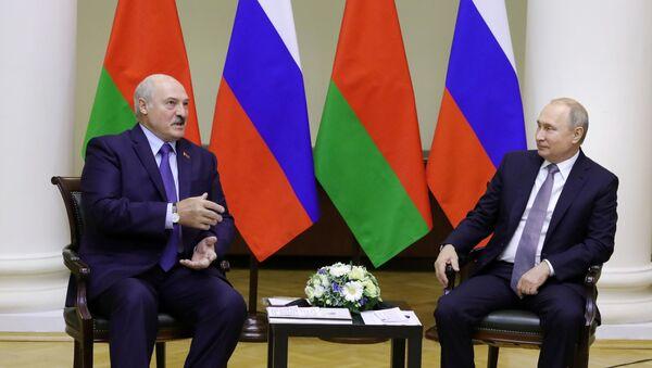 Predsednici Belorusije i Rusije Aleksandar Lukašenko i Vladimir Putin - Sputnik Srbija