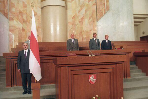 Ceremonija inauguracije prvog predsednika Belorusije Aleksandra Lukašenka 20. jula 1994. godine - Sputnik Srbija