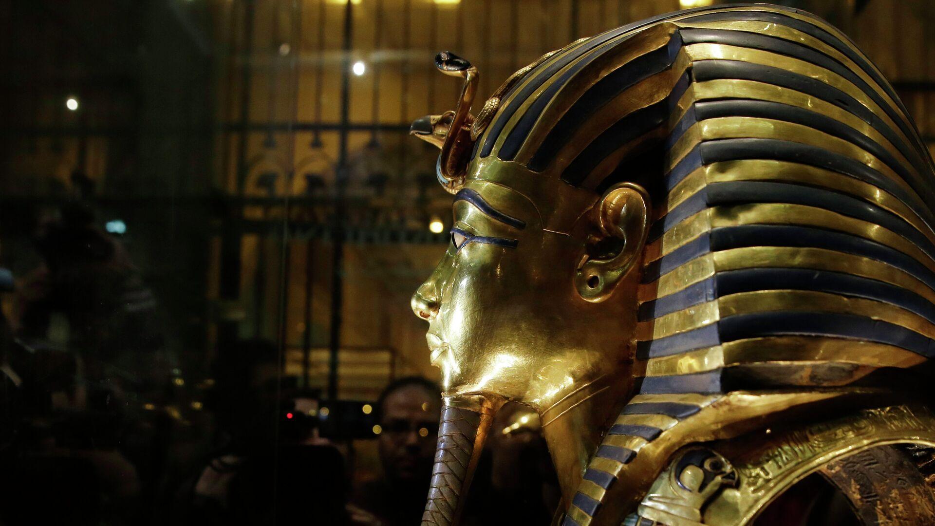 Zlatna maska kralja Tutankamona u Egipatskom muzeju u Kairu - Sputnik Srbija, 1920, 11.09.2021