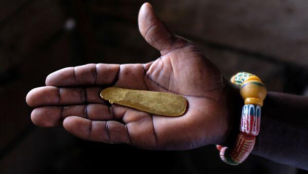 Afričko zlato, samo jedan od dragocenih metala kojim obiluje kontinent budućnosti. - Sputnik Srbija