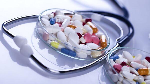 Антитиреоидни лекови блокирају стварање и отпуштање хормона штитњаче - Sputnik Србија