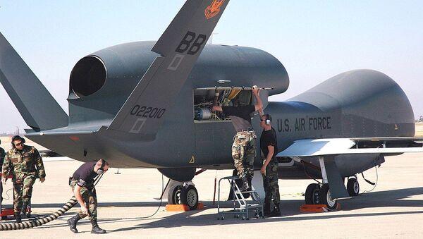 Амерички дрон RQ-4 Global Hawk - Sputnik Србија