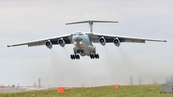 Transportni vojni avion Il-76  - Sputnik Srbija