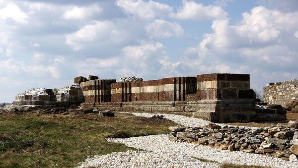 Ostaci pravoslavne Crkve svetog Nikole u Novom Brdu - Sputnik Srbija