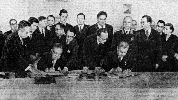 Потписивање заједничке декларације Совјетског Савеза и Јапана 1956. године - Sputnik Србија