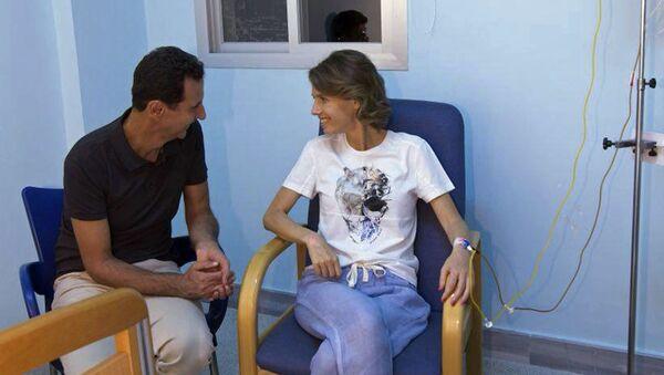 Predsednik Sirije Bašar Asad sa suprugom Asmom u bolnici - Sputnik Srbija