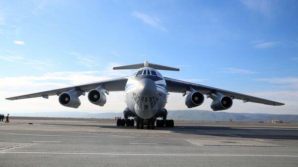 Vojni transportni avion Il-76   - Sputnik Srbija
