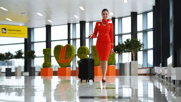 Stjuardesa na međunarodnom aerodromu Šeremetjevo - Sputnik Srbija