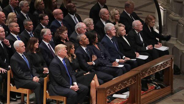Deo američkog političkog establišmenta na sahrani bivšeg američkog predsednika Džordža Buša Starijeg - Sputnik Srbija