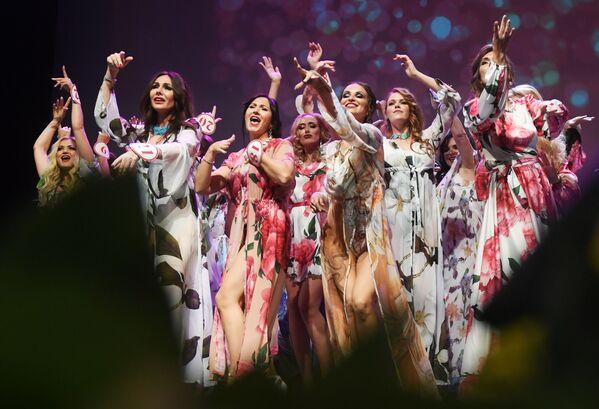 Učesnice konkursa se spremaju za finale konkursa Misis Rusije 2019 u Moskvi - Sputnik Srbija