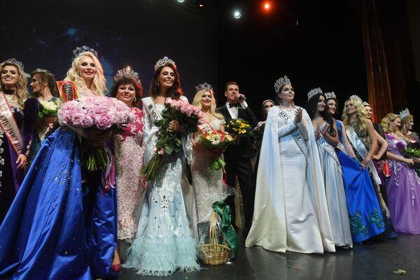 Učasnice na ceremoniji nagrađivanja konkursa Misis Rusija 2019 u Moskvi - Sputnik Srbija